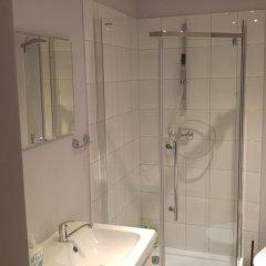 Отель AdMatch Niepodleglosci Rooms Metro Варшава ванная