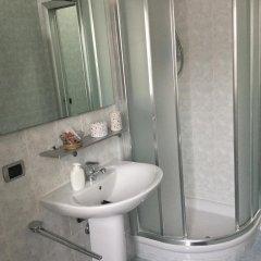Отель Niguarda Bicocca Flat Италия, Милан - отзывы, цены и фото номеров - забронировать отель Niguarda Bicocca Flat онлайн ванная фото 2
