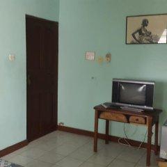 Отель Almond Tree Guest House 3* Стандартный номер с различными типами кроватей фото 5