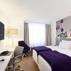 Отель NH Collection Berlin Mitte Am Checkpoint Charlie 4* Улучшенный номер с разными типами кроватей фото 4