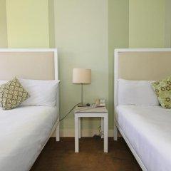 Отель Cadillac 2* Стандартный номер с двуспальной кроватью фото 8