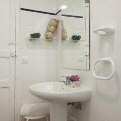 Отель SingularStays Roteros Испания, Валенсия - отзывы, цены и фото номеров - забронировать отель SingularStays Roteros онлайн ванная