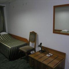 Гостиница Металлург 3* Кровать в общем номере с двухъярусной кроватью