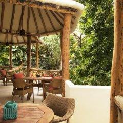 Отель Mahekal Beach Resort питание