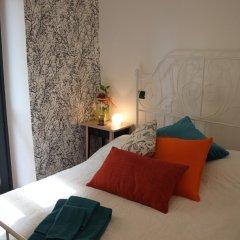 Отель Easy Così Affittacamere Здание Barolo комната для гостей фото 3