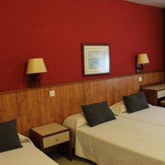 Отель Hostal Regina Испания, Бланес - отзывы, цены и фото номеров - забронировать отель Hostal Regina онлайн комната для гостей фото 5