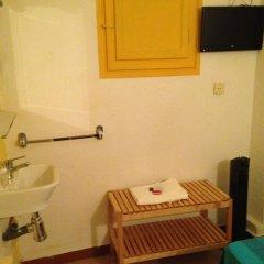 Отель Hostal Delfos ванная