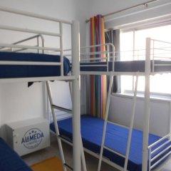 Alameda Hostel Кровать в общем номере с двухъярусной кроватью