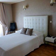 Hotel Du Mont Blanc Париж комната для гостей фото 5