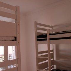 Surf in Chiado Hostel Кровать в общем номере с двухъярусной кроватью фото 9