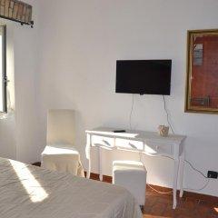 Отель Casale Colle dell' Asino удобства в номере