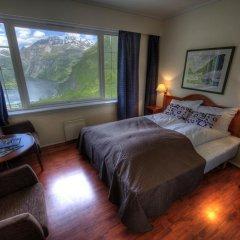 Отель Hotell Utsikten Geiranger - by Classic Norway 2* Стандартный номер с двуспальной кроватью фото 7