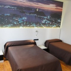 Отель Hostal Abadia Стандартный номер с 2 отдельными кроватями фото 4