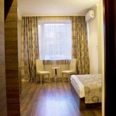 Hotel Feri комната для гостей