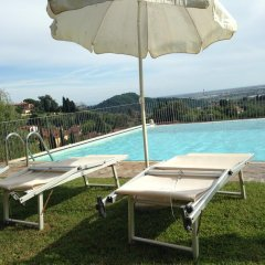 Отель Lady Frantoio Toscano Италия, Массароза - отзывы, цены и фото номеров - забронировать отель Lady Frantoio Toscano онлайн бассейн