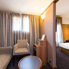 Отель Best Western Hôtel Mercedes Arc de Triomphe 4* Стандартный номер с различными типами кроватей фото 3