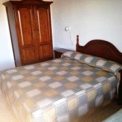 Отель Alojamiento CR Cuatro Caminos комната для гостей фото 3