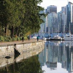 Отель Manor Guest House Канада, Ванкувер - 1 отзыв об отеле, цены и фото номеров - забронировать отель Manor Guest House онлайн приотельная территория
