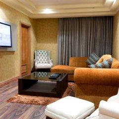 Victoria Crown Plaza Hotel 4* Люкс повышенной комфортности фото 2