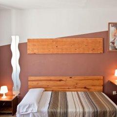 Отель Hostal La Casa de La Plaza Стандартный номер с различными типами кроватей фото 6