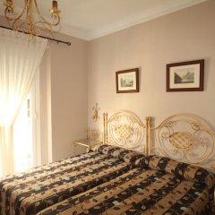 Отель Hostal Roma Стандартный номер с двуспальной кроватью фото 2