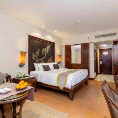 Отель Movenpick Resort & Spa Karon Beach Phuket 5* Улучшенный номер с двуспальной кроватью фото 3