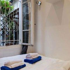 Апартаменты Montmartre Apartments Leo Ferre Париж комната для гостей фото 5