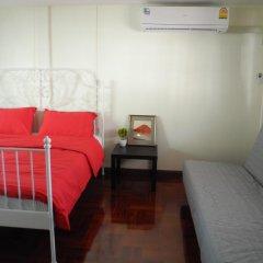 Elijah Hostel Bangkok Бангкок комната для гостей
