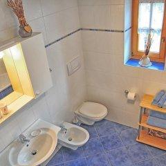 Отель Feld-hof Италия, Горнолыжный курорт Ортлер - отзывы, цены и фото номеров - забронировать отель Feld-hof онлайн ванная