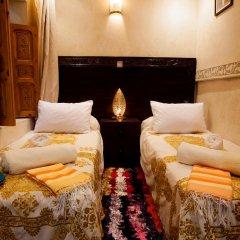 Отель Dar Ikalimo Marrakech 3* Номер Комфорт с различными типами кроватей фото 2