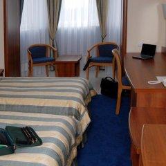 Гостиница La Vie de Chateau в Оренбурге 1 отзыв об отеле, цены и фото номеров - забронировать гостиницу La Vie de Chateau онлайн Оренбург удобства в номере