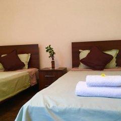 Отель Family & Friends Guest house комната для гостей фото 3