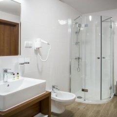 Отель Logos Польша, Закопане - 3 отзыва об отеле, цены и фото номеров - забронировать отель Logos онлайн ванная