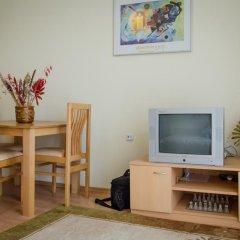 Апартаменты Holiday and Orchid Fort Noks Apartments Студия с различными типами кроватей фото 6