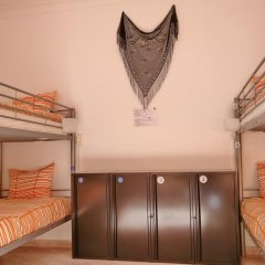 Lisbon Cosy Hostel Кровать в общем номере с двухъярусной кроватью фото 11