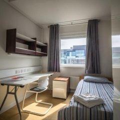 Отель LSE Carr-Saunders Hall 2* Стандартный номер с различными типами кроватей (общая ванная комната)