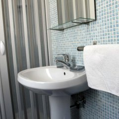 Отель B&B Dei Meravigli Бари ванная фото 2