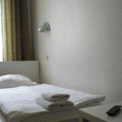 Hotel Komet 2* Стандартный номер с двуспальной кроватью (общая ванная комната) фото 2