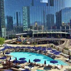 Отель Deluxe Suite at Vdara США, Лас-Вегас - отзывы, цены и фото номеров - забронировать отель Deluxe Suite at Vdara онлайн бассейн фото 3
