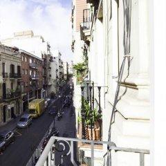 Апартаменты Home Around Gracia Apartments Барселона балкон