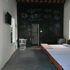 Отель Gia Bao Phat Homestay Стандартный семейный номер с двуспальной кроватью фото 2