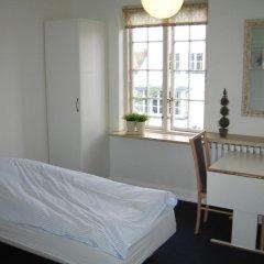 Апартаменты Amalie Bed and Breakfast & Apartments Стандартный номер с различными типами кроватей фото 2