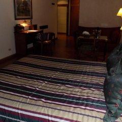 Отель Mayflower Suites 3* Стандартный номер с двуспальной кроватью