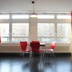 Отель Jugendherberge-Berlin-International Кровать в мужском общем номере с двухъярусной кроватью фото 2