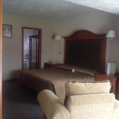 Отель Country Plaza комната для гостей