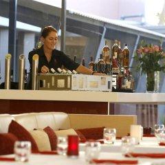 Отель Crowne Plaza Alice Springs Lasseters питание фото 2