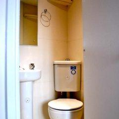 Отель Goodwood Hotel Великобритания, Лондон - отзывы, цены и фото номеров - забронировать отель Goodwood Hotel онлайн ванная фото 2