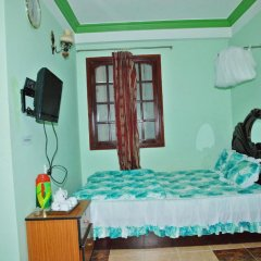 Phung Hong Hotel Стандартный номер фото 4