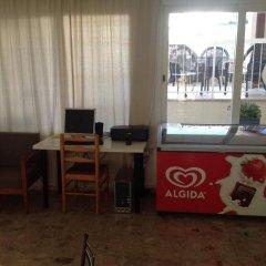 Отель Sea 'n Lake View Hotel Apartments Кипр, Ларнака - 1 отзыв об отеле, цены и фото номеров - забронировать отель Sea 'n Lake View Hotel Apartments онлайн удобства в номере