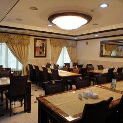 Al Jazeerah Hotel питание